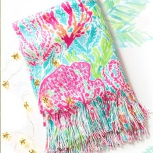 8feec7c3cd38e2 Lilly Pulitzer Bedding - NWT Lilly Pulitzer Knit Blanket, Let's Cha Cha